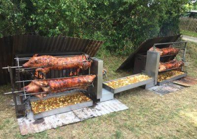 Fête du Mont Tournier 2018 - Cochons à la broche